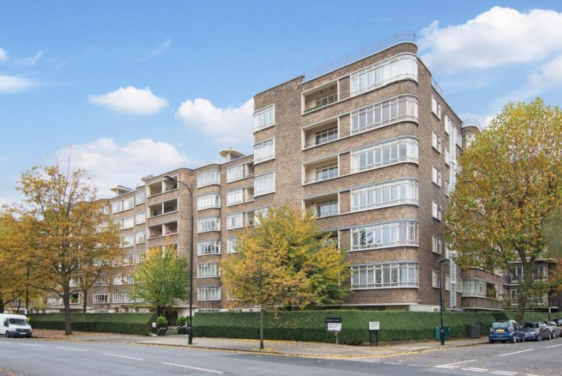 Apartment to rent in  - VICEROY COURT, PRINCE ALBERT ROAD, NW8 7PS
