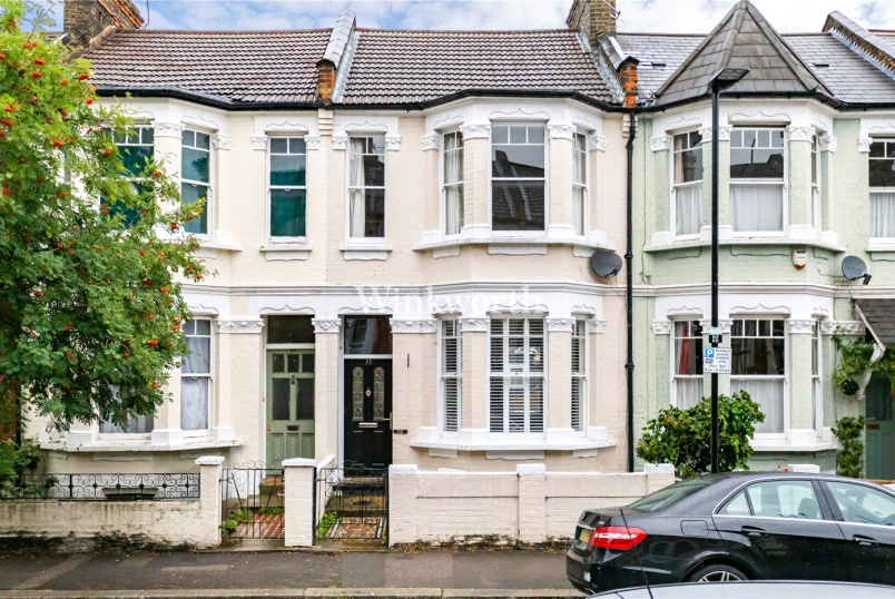 House for sale in Harringay - Beresford Road, London, N8