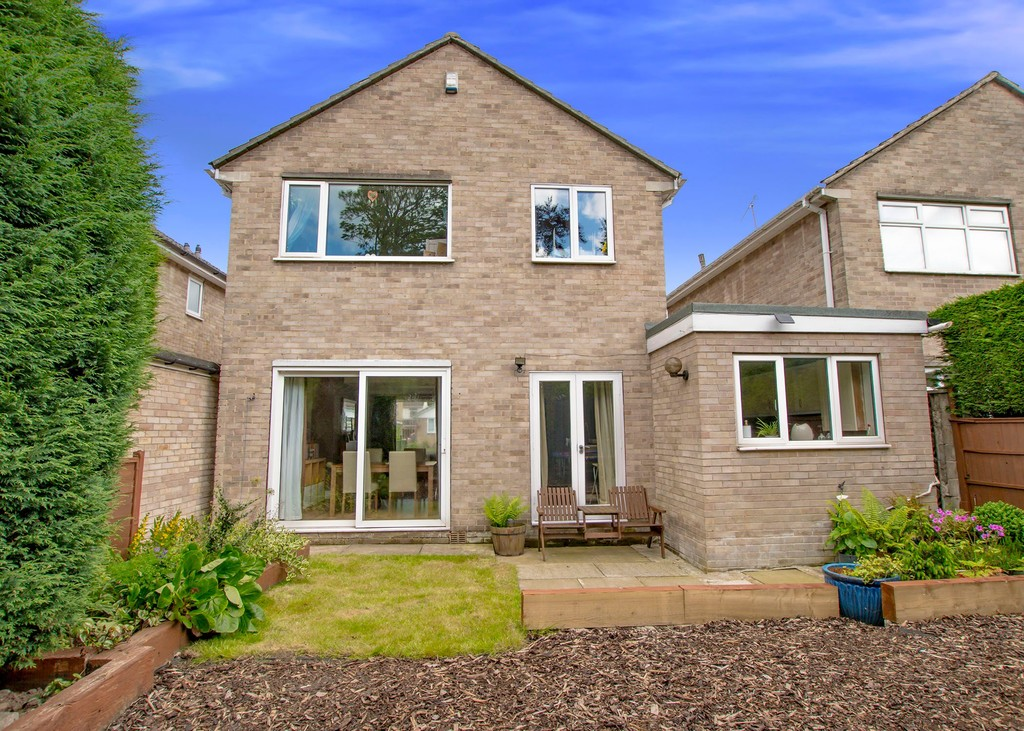 Awe Inspiring 4 Bedroom Property For Sale In Five Trees Avenue Sheffield Download Free Architecture Designs Aeocymadebymaigaardcom