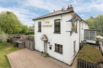 Characterful cottage close to open countryside  1