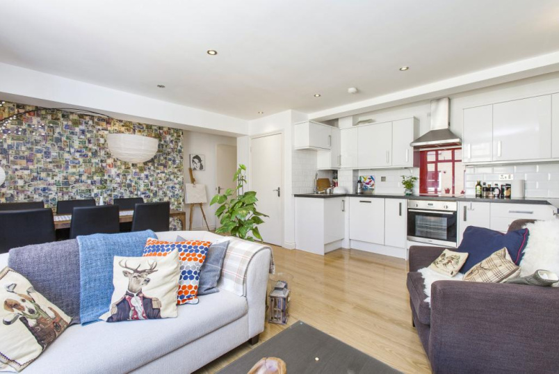 Flat/apartment to rent in  - Apex House, 17 Bacon Street, London, E1