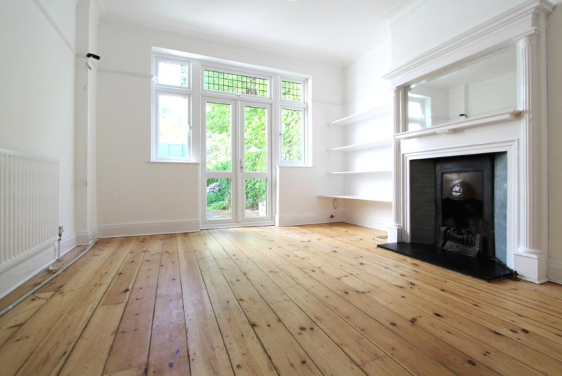Flat/apartment to rent in Ealing & Acton - College Road, London, W13