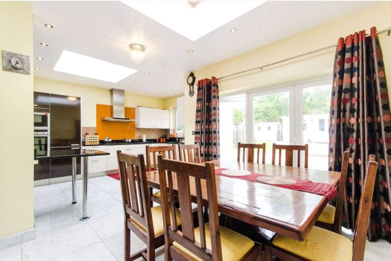to rent in Harrow - Lowick Road, Harrow, HA1