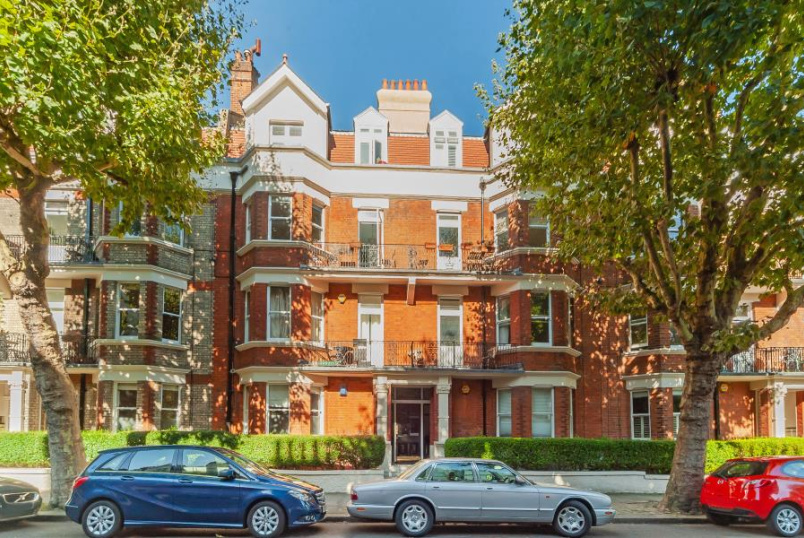 Apartment for sale in St Johns Wood - CASTELLAIN MANSIONS, LONDON W9 1HE
