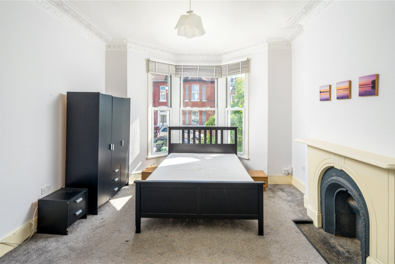Flat/apartment to rent in Bow - Margery Park Road, London, E7