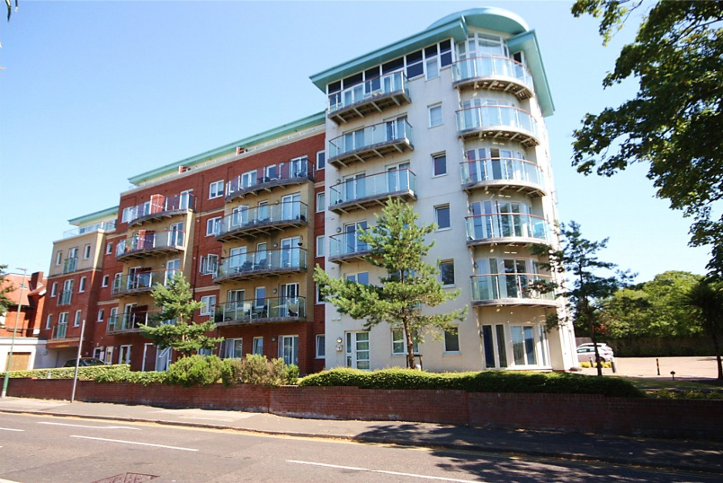 Flat/apartment for sale in Southbourne - Breeze, 4 Owls Road, Boscombe Spa, BH5
