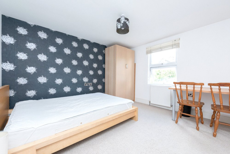 Flat/apartment to rent in  - Burns Road, London, NW10