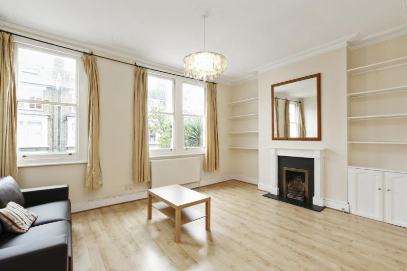 Flat/apartment to rent in Hammersmith - Sulgrave Road, Brook Green, W6