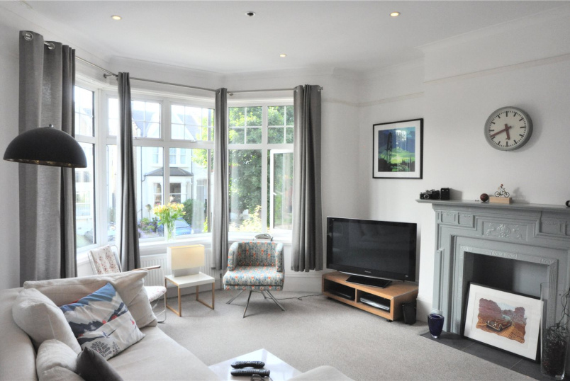 Flat/apartment to rent in Palmers Green - Old Park Road, Palmers Green, N13
