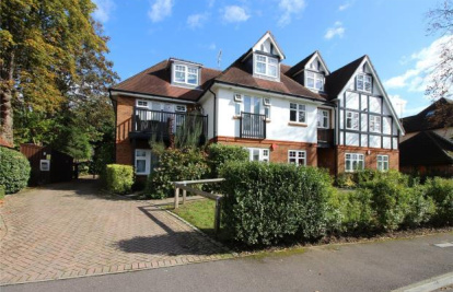 West Hill Road, Woking, Surrey, GU22