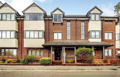 Lavender Park Road, West Byfleet, Surrey, KT14