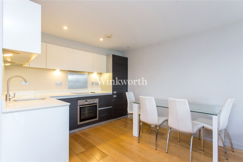 Flat/apartment to rent in Golders Green - Sunflower Court, 173 Granville Road, London, NW2