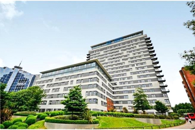 Flat/apartment for sale in Basingstoke - Skyline Plaza, Alencon Link, Basingstoke, RG21