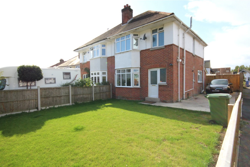House for sale in Poole - Worthington Crescent, Whitcliff, Poole, BH14