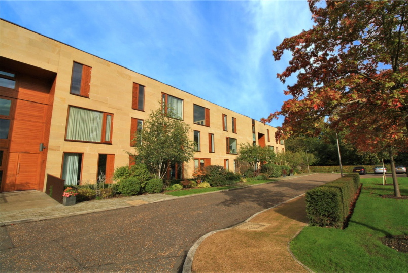 Flat/apartment for sale in  - Cliveden Gages, Taplow, Maidenhead, SL6