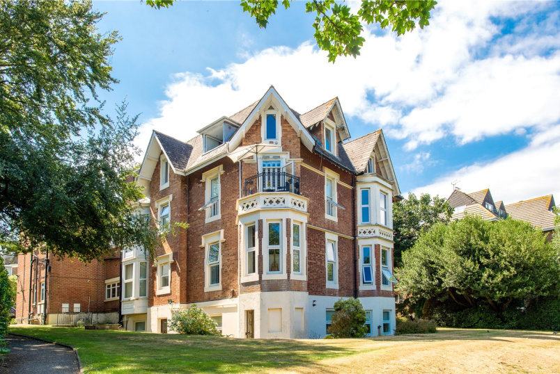Flat/apartment for sale in Westbourne - Exeter Park Road, Bournemouth, Dorset, BH2