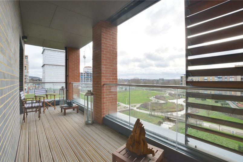 Flat/apartment for sale in Blackheath - Halton Court, 5 Cranfield Walk, Blackheath, SE3