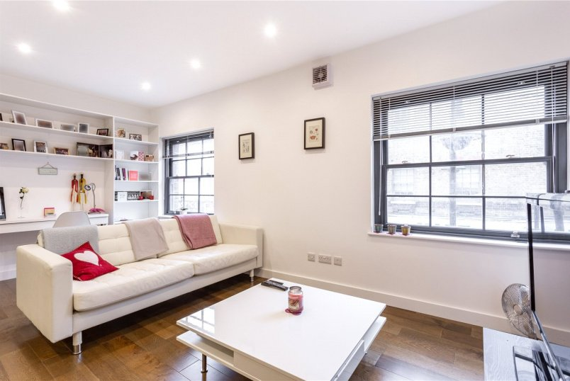Flat/apartment for sale in Shoreditch - Old Station House, 58 Cornwall Street, London, E1