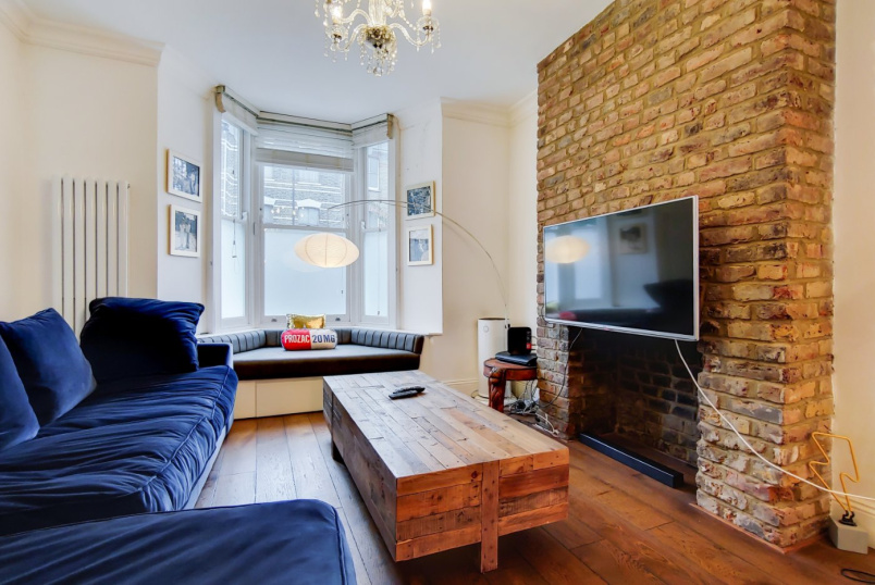 House for sale in Islington - John Campbell Road, London, N16