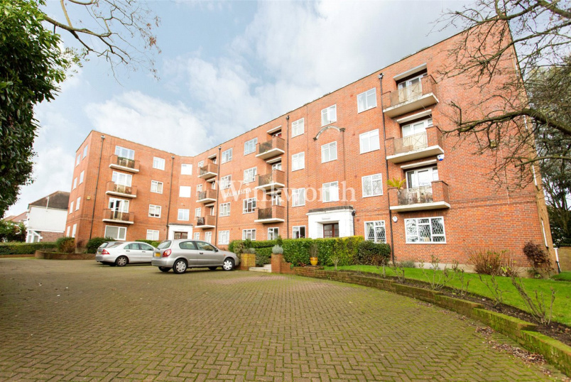 Flat/apartment to rent in  - Golderslea, Finchley Road, London, NW11