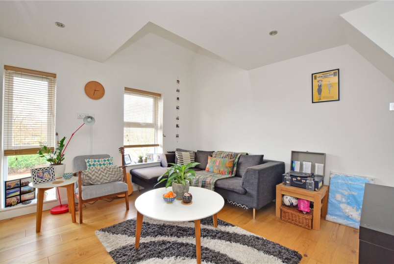 Flat/apartment to rent in Blackheath - Vanbrugh Park Road West, London, SE3