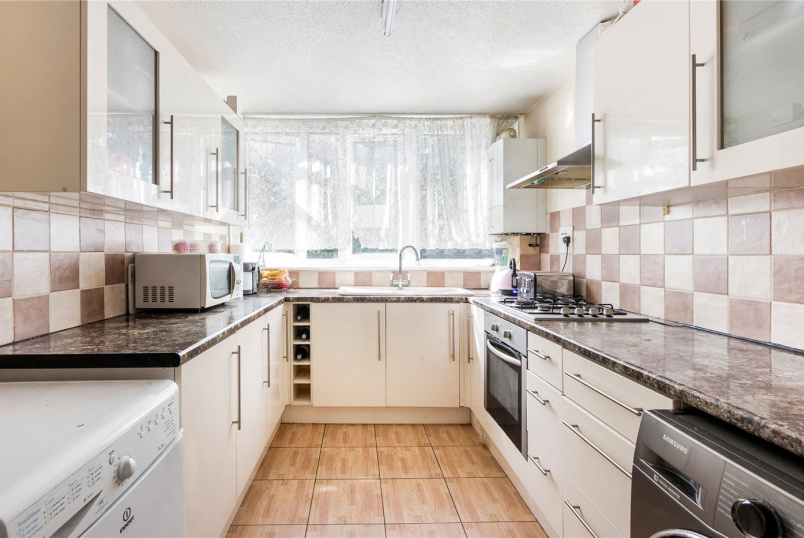 Flat/apartment for sale in New Cross - Hazel Grove, London, SE26