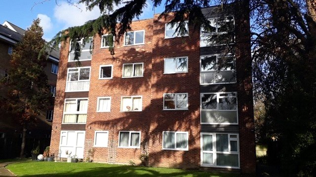 Flat/apartment for sale in  - Oakwood Avenue, Beckenham, BR3