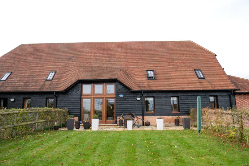House to rent in Newbury - Coombesbury Farm Barn, Ownham, Newbury, RG20