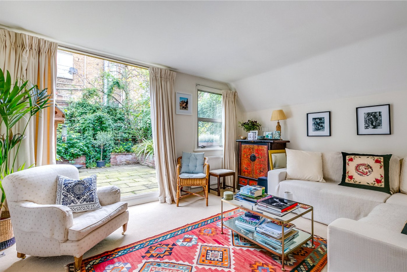 Flat/apartment to rent in Fulham & Parsons Green - Averill Street, London, W6