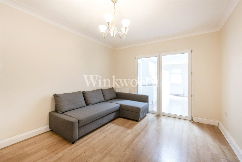 House to rent in  - Cleveland Gardens, London, NW2