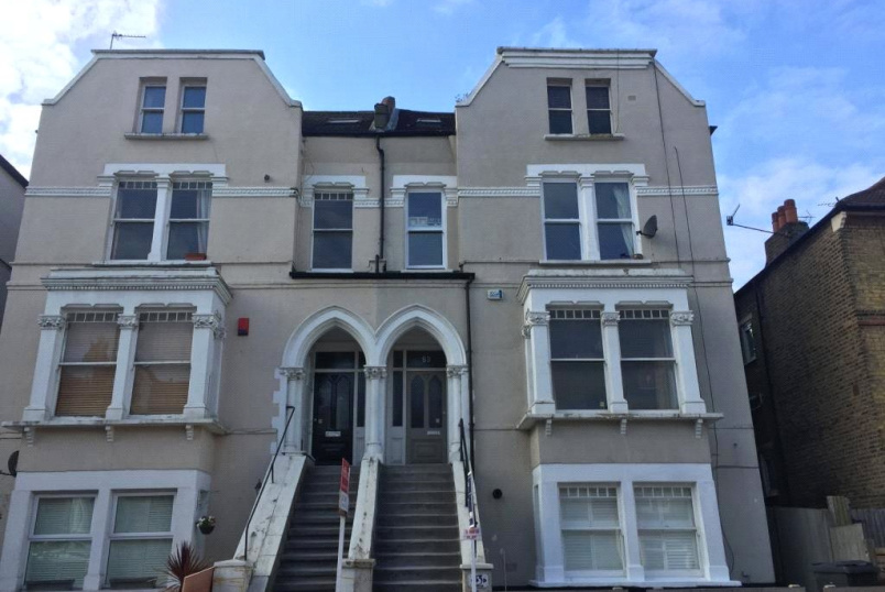 Flat/apartment to rent in Crouch End - Ferme Park Road, Crouch End, London, N8