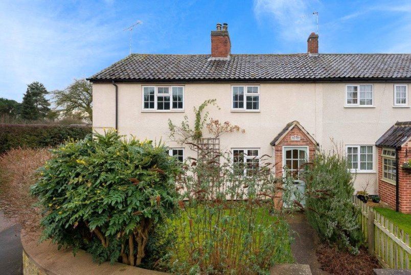 Cottage for sale in Grantham - Rosy Row, Woolsthorpe, Grantham, NG32