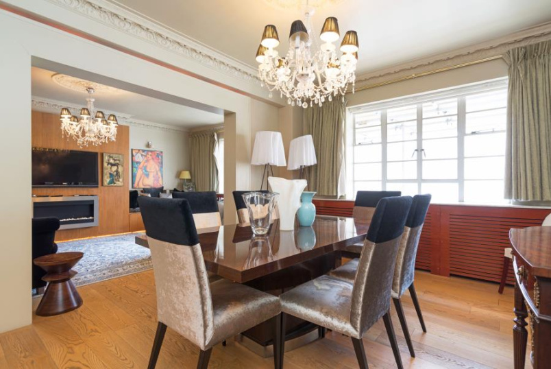 Flat for sale in St Johns Wood - STOCKLEIGH HALL, ST JOHN'S WOOD, NW8 7LA