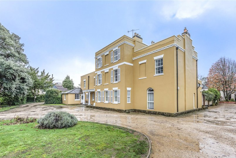 Flat/apartment to rent in Winchester - Otterbourne House, Main Road, Winchester, SO21