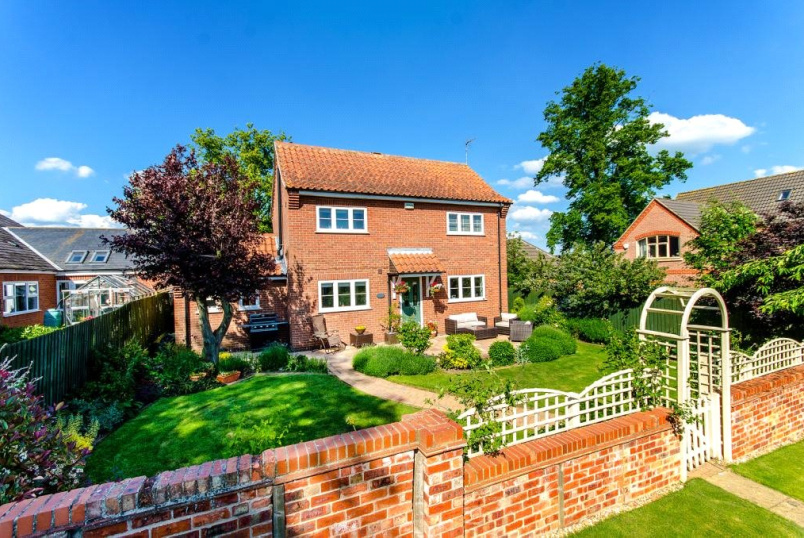 House to rent in Grantham - Gonerby Court, Gonerby Hill Foot, Grantham, NG31