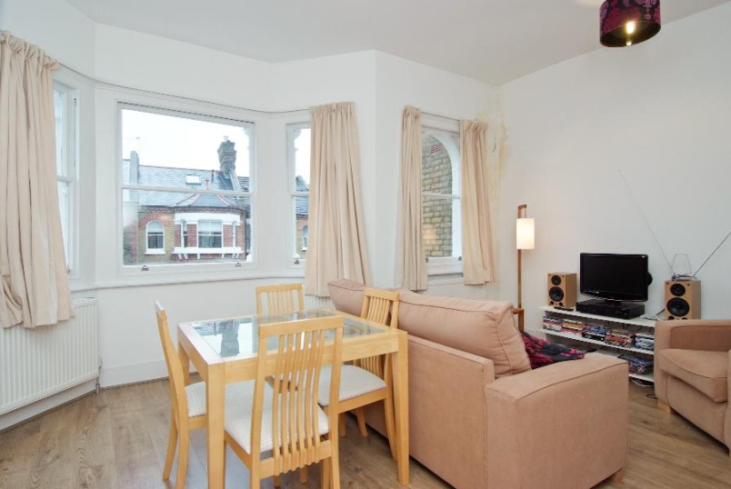 Apartment to rent in  - HANDFORTH ROAD, SW9