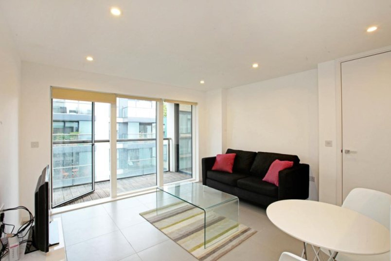 Flat/apartment to rent in Clerkenwell & City - Peartree Street, London, EC1V