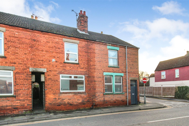 House for sale in Grantham - Springfield Road, Grantham, Lincolnshire, NG31