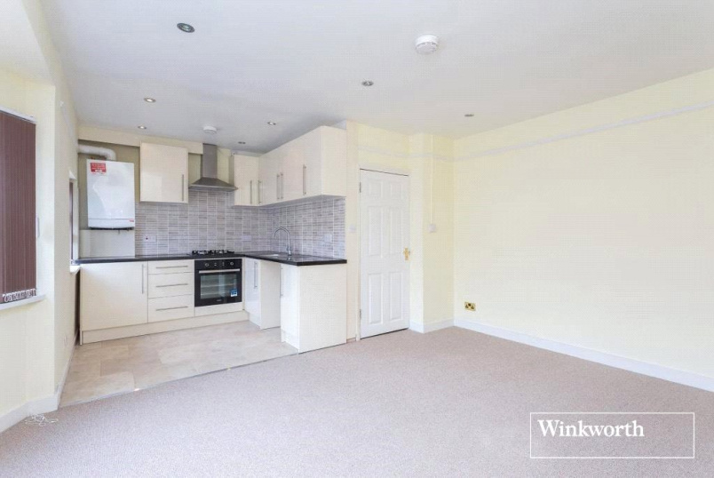 Flat/apartment to rent in  - Hamilton Road, London, NW11