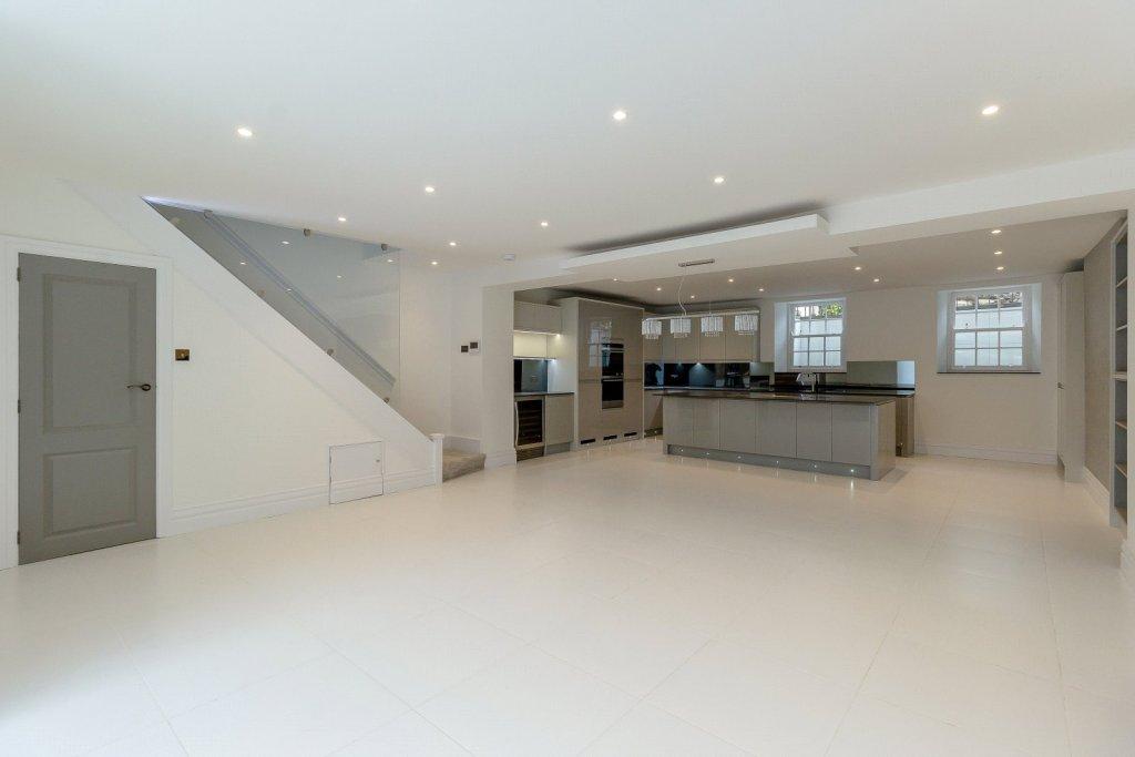 5 Bedroom House For Sale In Carlton Terrace Jesmond