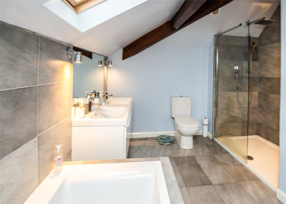 5 Bedroom Property For Sale In Beechfield Road