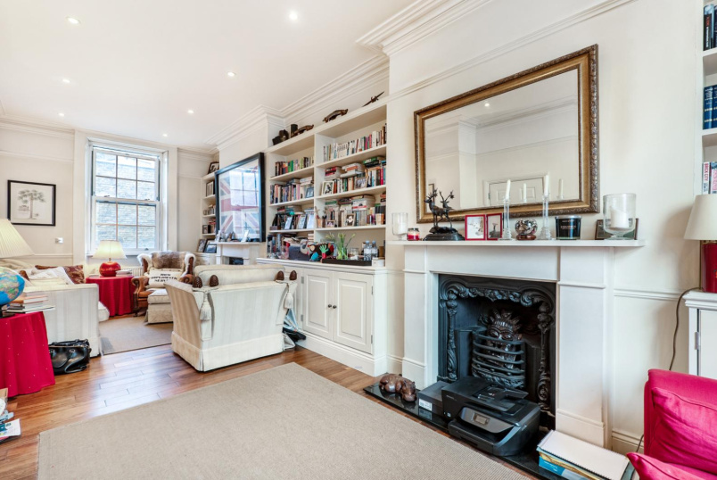 House - terraced for sale in Pimlico and Westminster - WARWICK WAY, SW1V