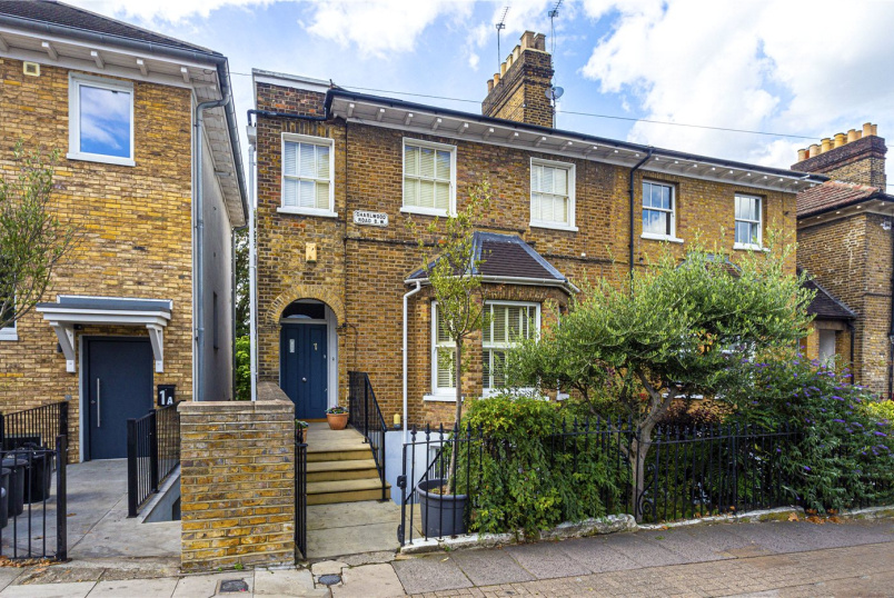 House for sale in  - Charlwood Road, London, SW15