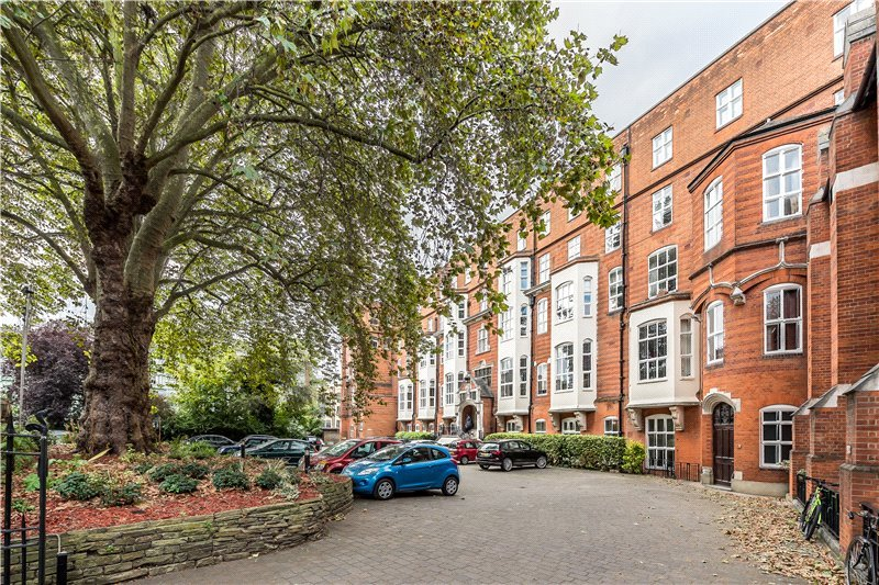 Flat/apartment for sale in Kennington - St. Gabriels Manor, 25 Cormont Road, Myatts Field, SE5