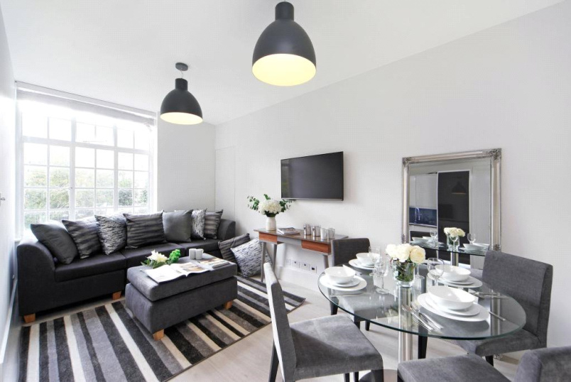 Flat/apartment for sale in  - Meriden Court, Chelsea Manor Street, London, SW3