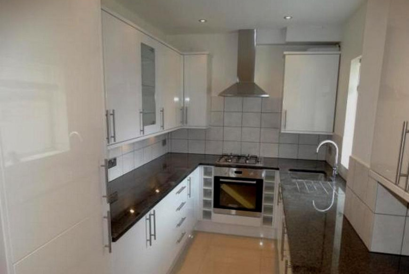 Flat/apartment to rent in Beckenham - Faversham Road, Beckenham, BR3
