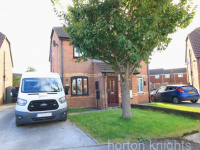 Dean Close, Rossington, DONCASTER, DN11