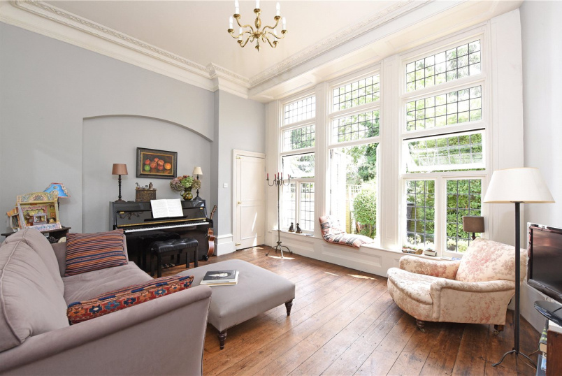 Flat/apartment for sale in Southfields - West Hill, London, SW15