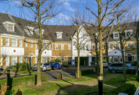 Admiralty Way, Teddington, TW11