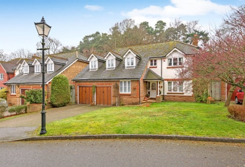 Ridgemount Way, Redhill, Surrey, RH1